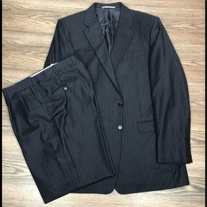 Hickey Freeman Navy w/ Gold Pinstripe Suit 46L